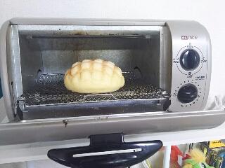 挑戦!菓子パンコーナーの100円メロンパンも焼きたてみたくできるのか!?